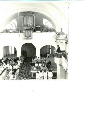 Konfirmálás a református templomban