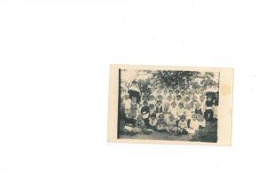Óvodás csoport apácákkal