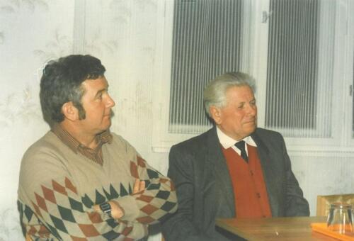 Az új és a régi tanácselnök Gombos János és Vajda József