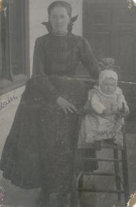 Anya és lánya 1916.